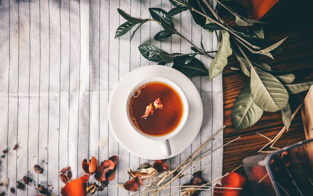 camomile tea to reduce period pain